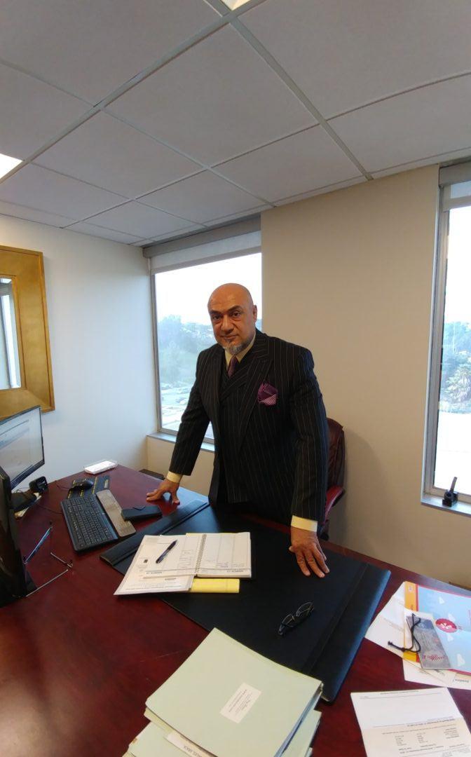 Criminal Defense Lawyer Free Consultation (714) 878-0448